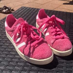 URBALLA Adidas skor!!