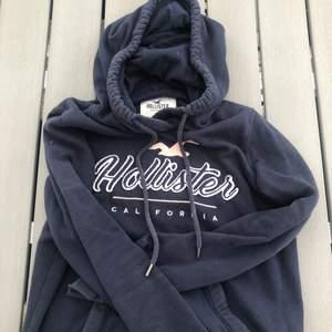 Så ball hoodie från hollister! Använd fåtal gånger.