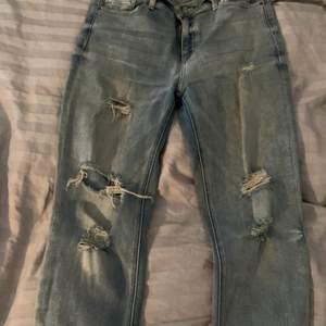Slitna jeans från Forever21 storlek 46