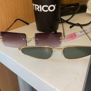 60kr styck eller båda för 100kr  + 19kr frakt 💞💞 as balla solglasögon. Båda dessa är helt perfekta men säljer dem då jag har föööör många som brillor
