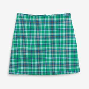 super cute blue and green pencil river skirt. never worn, but slightly altered (completely unnoticeable). size 38 but also fits 36