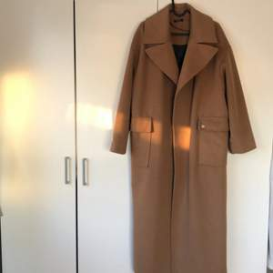 Italian Handmade Coat. Oversized fit, two front pockets. Wool mix Fabric. Bought for 2200kr/220€ in Italy. Price negotiable.