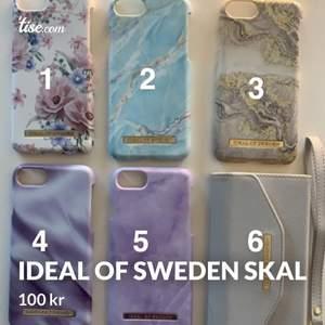 Säljer mina ideal of sweden skal för 100kr st iPhone 7/8. Skal 1 & 4 är en spricka vid kameran, skalen är inte särskilt tåliga, men väldigt fina. Skal 6 är en plånbok till kort eller kontanter, magnetisk platta där skalet ska placeras och praktiskt att använda om man inte vill tappa bort sina kort/kontanter. Köparen står för frakten.