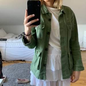 Grön jacka från zara💓