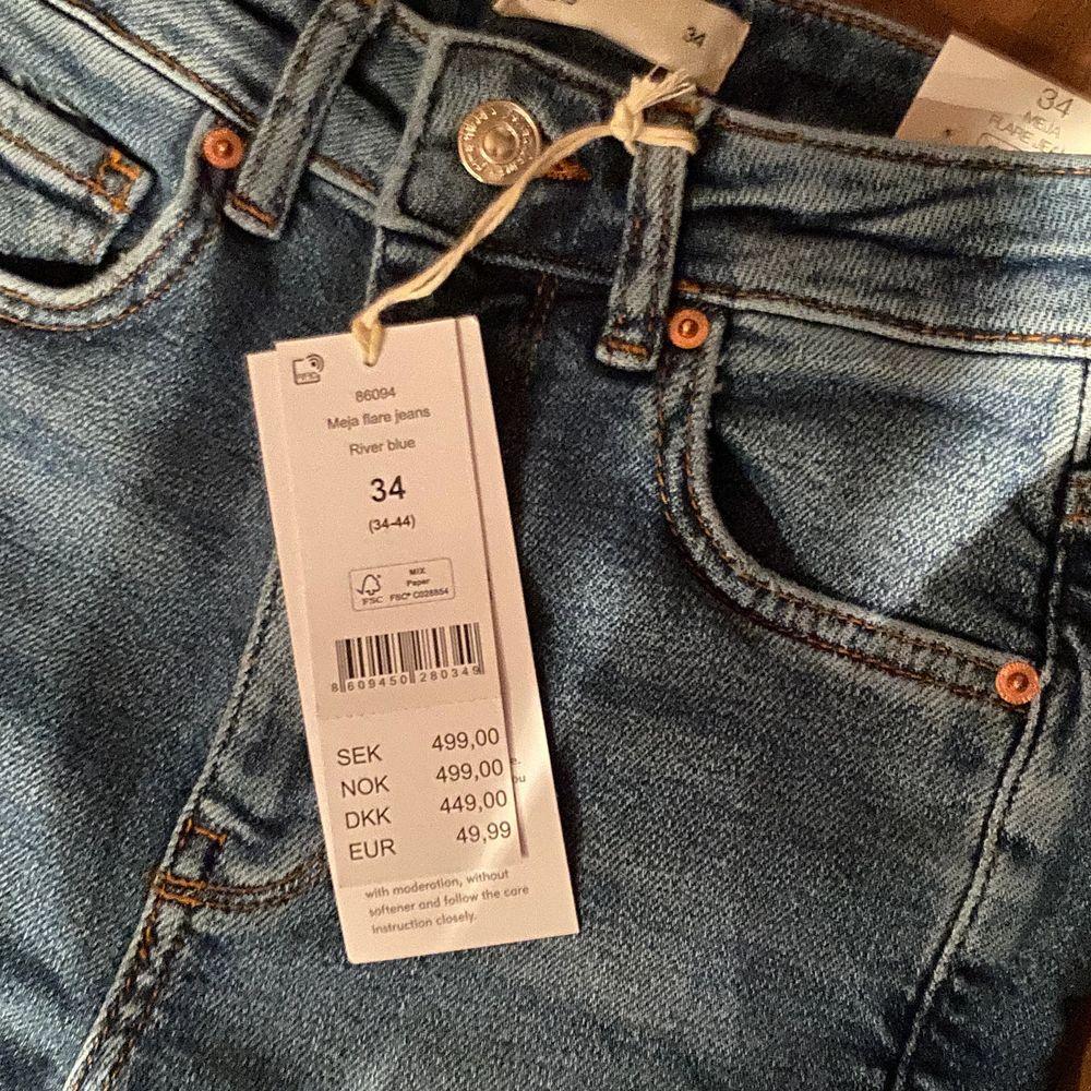 stl 34 från Gina Tricot. ❤️ Frakt:66 kr spårbart.. Jeans & Byxor.