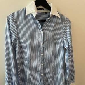 Fin skjorta från massimo dutti, köpt från tradera men passade tyvärr inte🙁