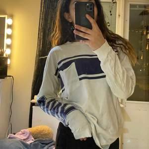En Victoria secret tröja från kollektionen PINK🎀