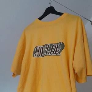 Vintage t-shirt i storlek M