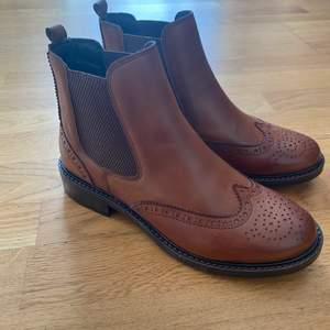 Helt nya(oanvända) boots