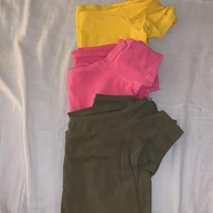 Offshulder tröjor alla 3 för 100kr