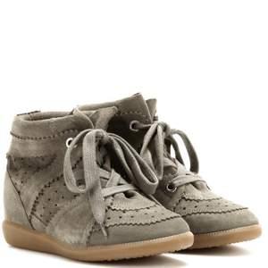 Isabel Marant skor i storlek 40. Ganska använda men funkar fortfarande. Inköpta för två år sedan.