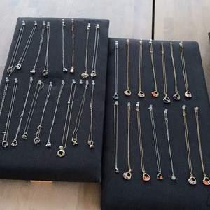 Väldigt fina och nya smycken i olika färger