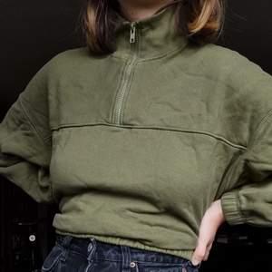 Jättefin half-zip tröja, märkt XS passar även S💫 sparsamt använd bra skick! säljer pga kommer inte till användning🕊 köparen står för frakt🤸🏽♀️