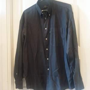 Henri Lloyd skjorta i storlek XL