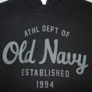 Vintage old navy hoodie Storlek:Small Märke:Old navy Bud från:200kr Köp nu pris:300kr  För mer frågor eller liknande skicka ett meddelande 🙌🏻