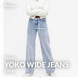 Monki jeans med vida ben. Storlek 26 motsvarar ca S