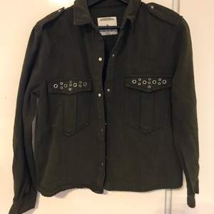army green jacket with silver dilates size s