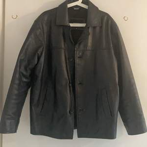 Quality 100% leather jacket in thick, strong leather