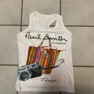 Linne från Paul Smith tyvärr lite för litet för mig men sjukt snyggt linne storlek small