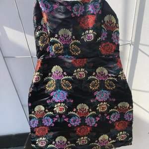 Klänning från Zara, bara använd en gång!