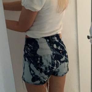 H&m tror jag! Jeansshorts så coola men för små för mig