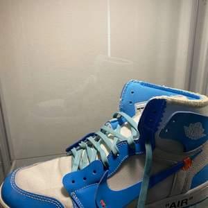 Pastellblå skosnören, perfekta till att piffa upp vilka skor som helst! 🟦⬛️