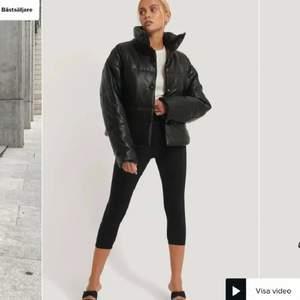 Säljer för 400 inklusive frakt!!!  Kan diskuteras, Köptes för 799kr💞💞
