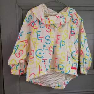 Size s. Stella McCartney for Adidas blouse. 100 sek, meetup in Stockholm or shipping (+ shipping cost to price)