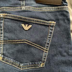 Armani jeans använt skick nypris 1699kr från johnells