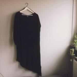 Tunnare längre tröja från h&m, superskön och fin!