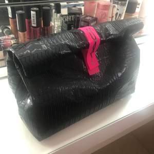 MAC väska, aldrig använt. Som ny.