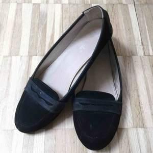 Ballerina skor från eco, står storlek 40 men är definitivt en 39a. Knappt använda