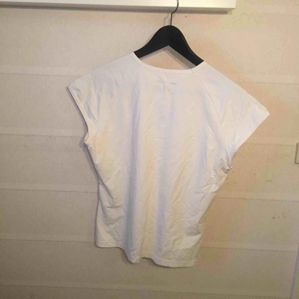 Röhnisch st  XL . Huvtröjor & Träningströjor.