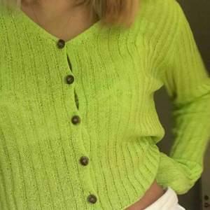 Säljer denna ribstickade tröjan från emory park då jag inte använder den så mkt!