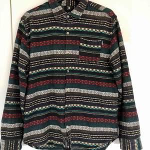 Insight skjorta, riktigt sjukt och varmt nice material, du lär nog inte se någon annan med denna, originell!