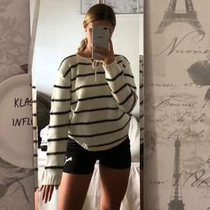 Stickad tröja från märket Rut m.fl.💕 100kr, storlek S