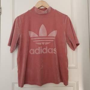 Velvet tröja från Adidas! Inkl frakt