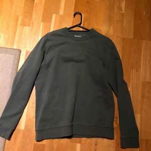 Cos sweatshirt  Detaljer  Inga defekter