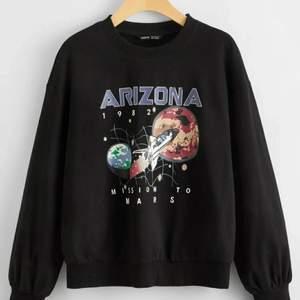 Jättefin tröja, aldrig använd säljer pga att den va lite liten för mig.