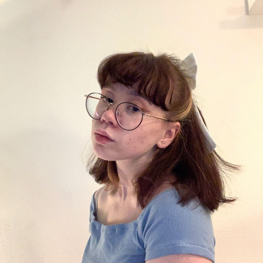 Söt rosett-hårsnodd. Accessoarer.