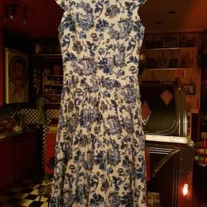 En klänning i fint skick