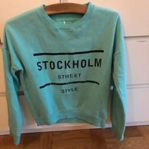 Sweatshirt köpt i London. Retro.