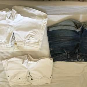 Två vita ( ena paret från hm andra från Cubus) blåa är från Cubus alla stl 36 :) kan köpas separat för 60kr eller alla för 150kr 😇