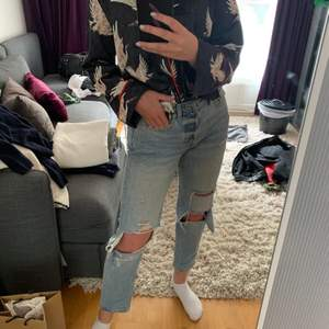 Söt skjorta från hm i storlek 34