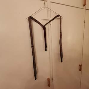 oanvända bruna inställbara hängslen, vintage stil   🧭INGEN FRAKT