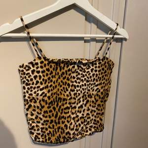 Leopard linne i nytt skick.