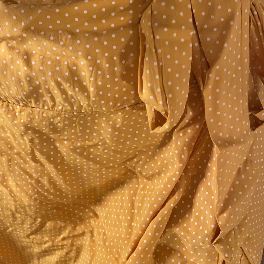 Långkjol från en butik i Spanien i onesize. Köparen står för frakt!!. Kjolar.