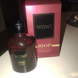 Säljer min joop wow parfym som är 100 ml! Kan gå ner litegrann i pris om den hämtas idag!