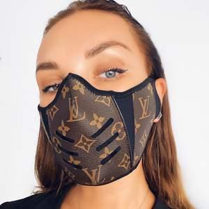 Skit snygga masker finns inne, kan mötas upp men fraktas💯