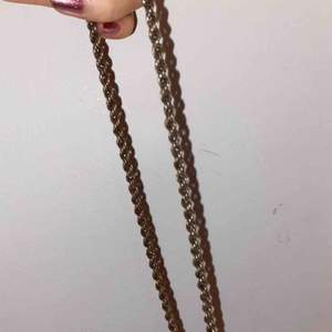 Snygg silverkedja (halsband) ⛓ frakt tillkommer.